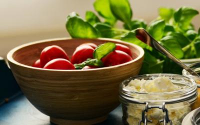 Receta Ayurvedica de panir, berenjena y tomate.